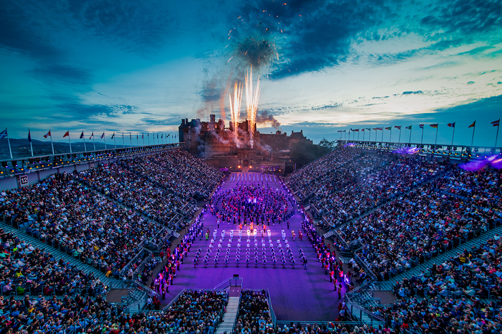2019 military tattoo ends in explosion of colour - Scottish